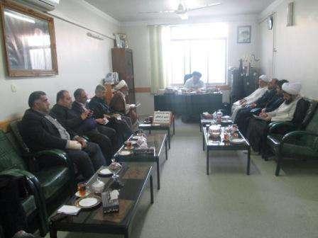 نخستین نشست ستاد ساماندهی شئون فرهنگی در درفترامام جمعه شهرستان فریدونکناربرگزارشد.