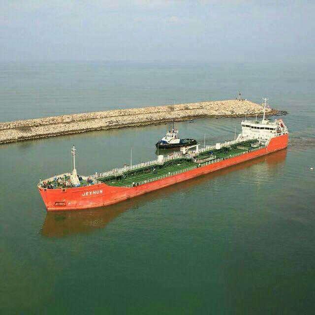 تاخیر 6 ماهه حقوق کارگران سایت نفتی در بندر فریدونکنار/چه کسی پاسخ گوست؟!