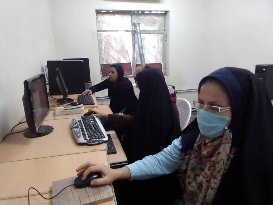 آموزش رایگان فنی حرفه ای به زنان سرپرست خانوار تحت پوشش بهزیستی شهرستان فریدونکنار