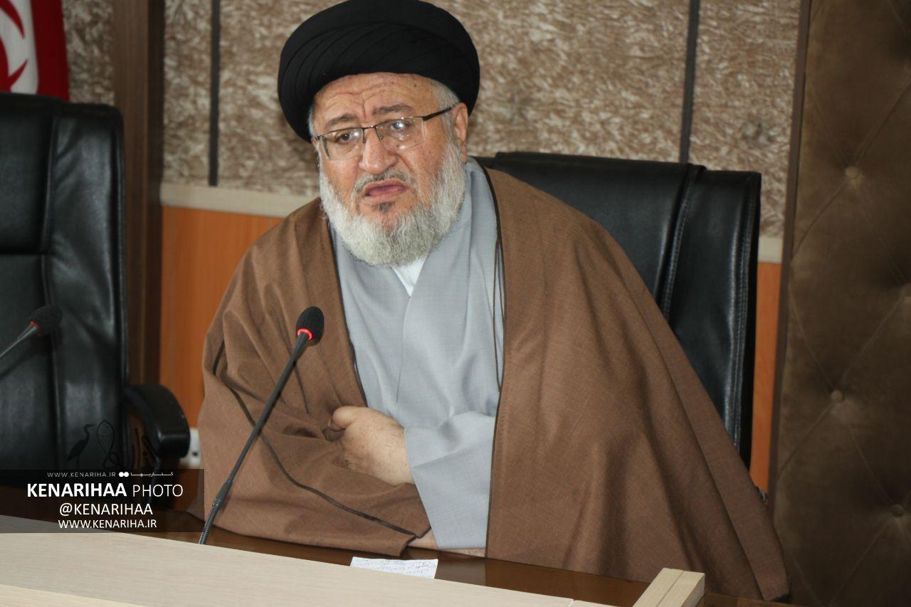 امام جمعه فریدونکنار مطرح کرد: عادی سازی روابط اعراب با اسرائیل، تلاش آمریکا برای بقای رژیم اشغال گر قدس